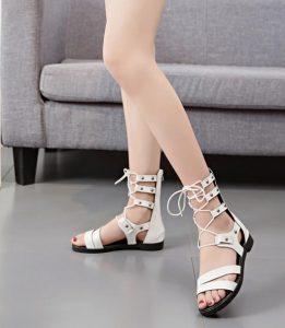 Модерни дамски сандали в римски стил, с връзки